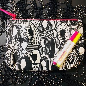 Handbags - COLOR ME COSMETIC BAG + 🎁GWP